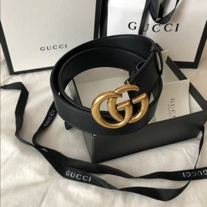 Women's Gucci belt double g buckle